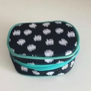 Thirty-One Cute Case